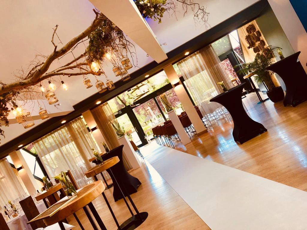 Feest Park Ven locatie inkleding overdekt terras stijlvol genieten food drinks Diepenbeek